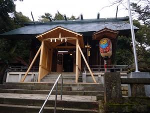 服部神社 拝殿