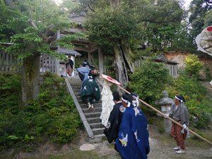 久豆彌神社・信露貴彦神社 王の舞