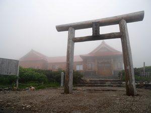 白山比咩神社奥宮
